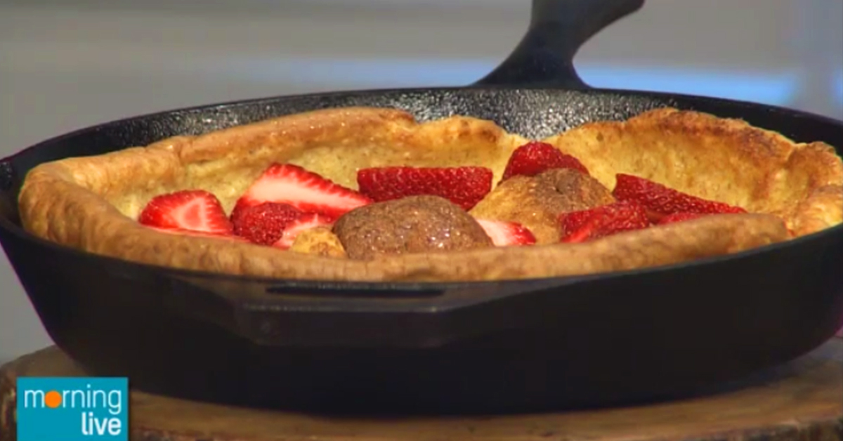Strawberry recipe in pan